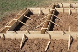 Особенности планирования и закладывания фундамента